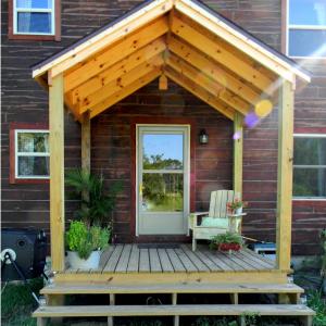 Side Entrance Build