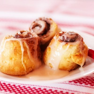 How to Make Cinnamon Rolls from Biscuits
