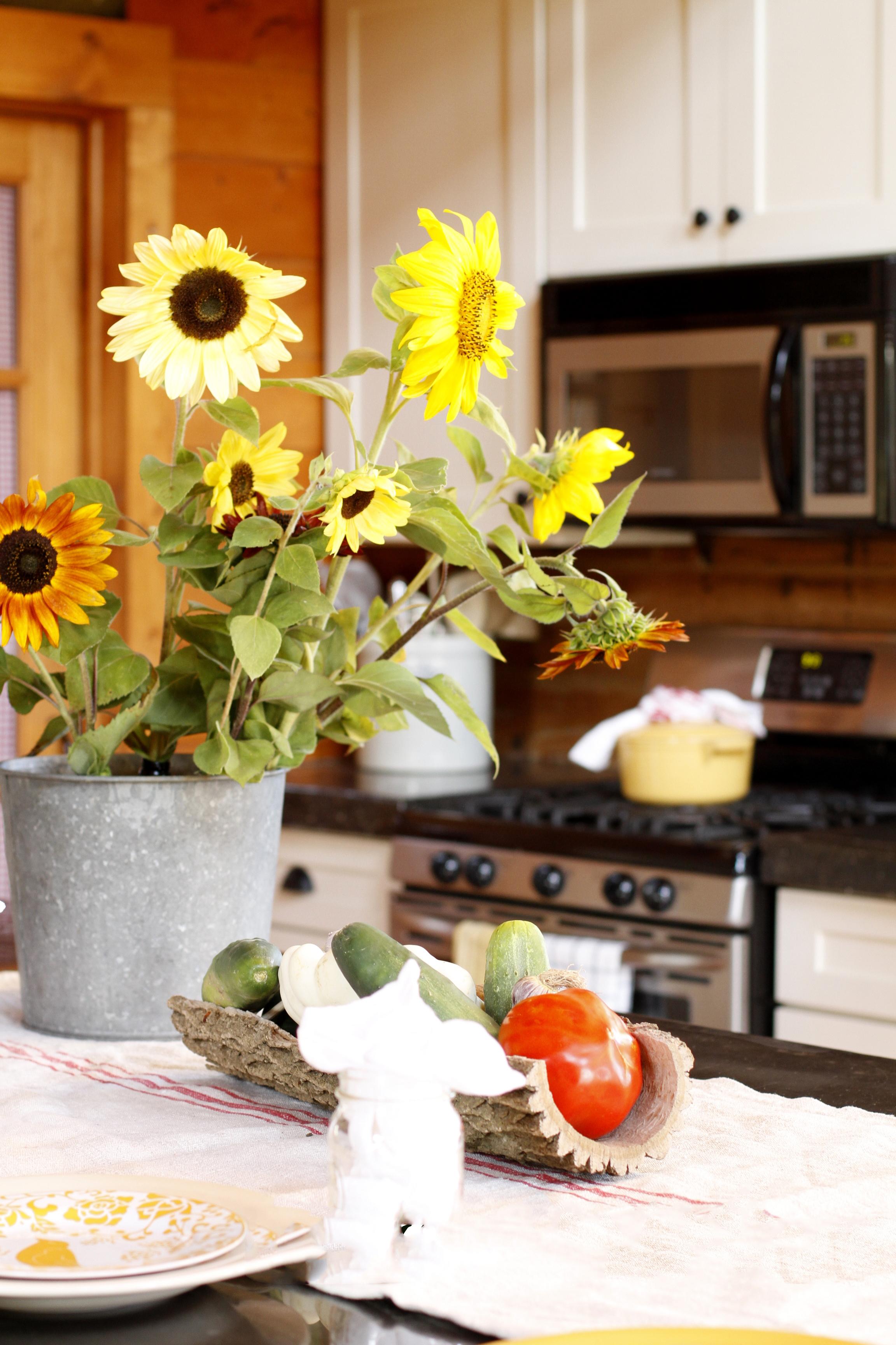 White Kitchen Cupboards in a Log Home   creativecaincabin.com