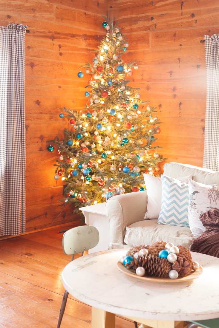 christmas tree decorated using turquoise rust and blush ornaments creativecaincabincom
