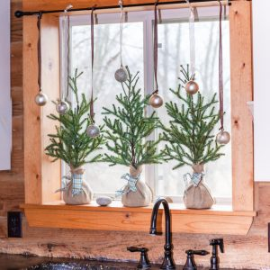 Easy Kitchen Window Christmas Garland | CreativeCainCabin.com