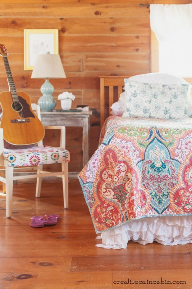Colorful Bedroom Decor | CreativeCainCabin.com