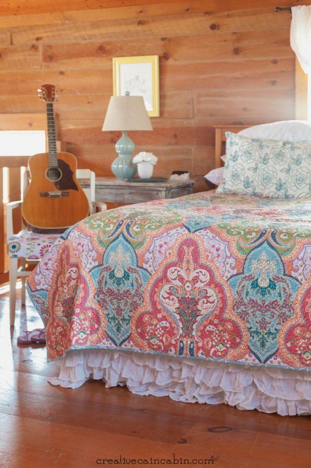 Colorful Bedroom Decor | CreativeCainCabin.com