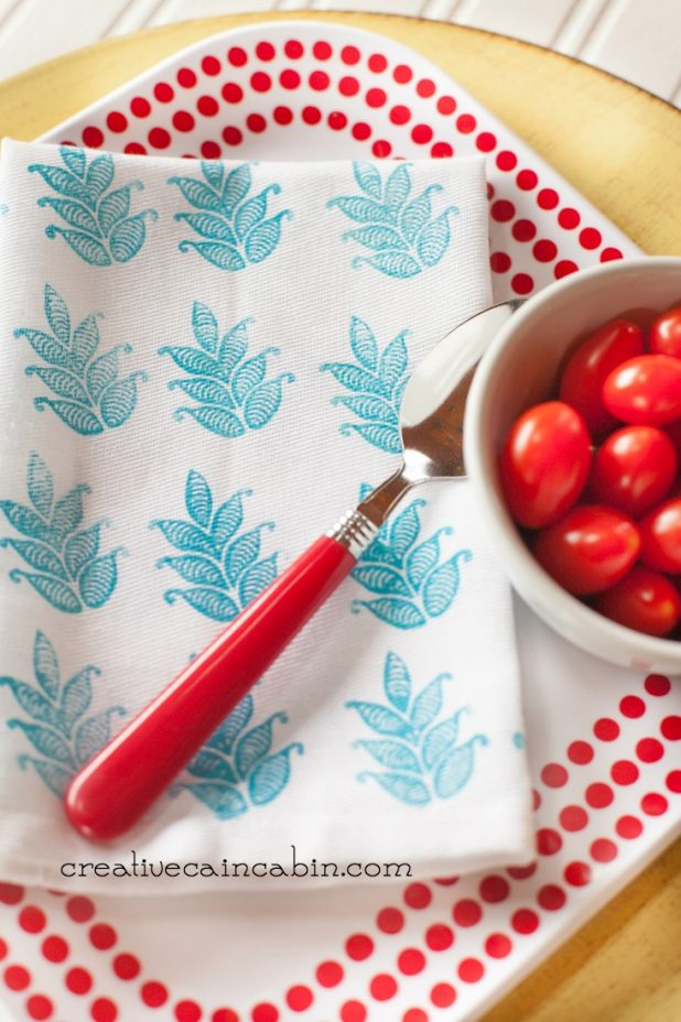 How to Stamp Napkins | Soft Fabric Ink | Fabric Creations | Block Printing Stamps | DIY | Craft | #plaidcrafts | #fabriccreations | @plaidcrafts | CreativeCainCabin.com