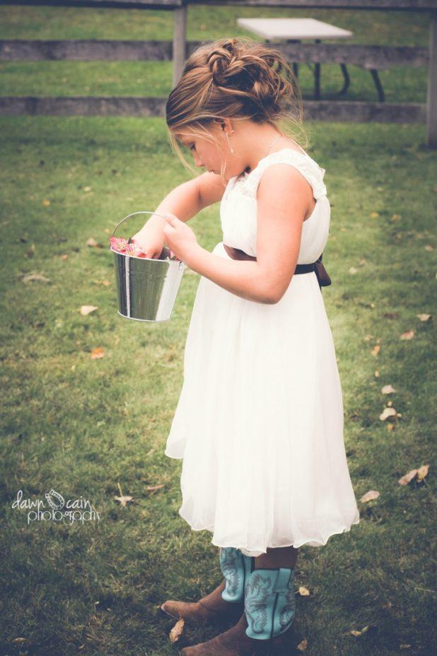 Country Living | Wedding | CreativeCainCabin.com