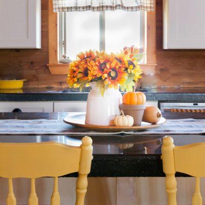 Easy Fall Kitchen Tray
