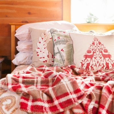 Rustic Log Home Christmas Bedroom