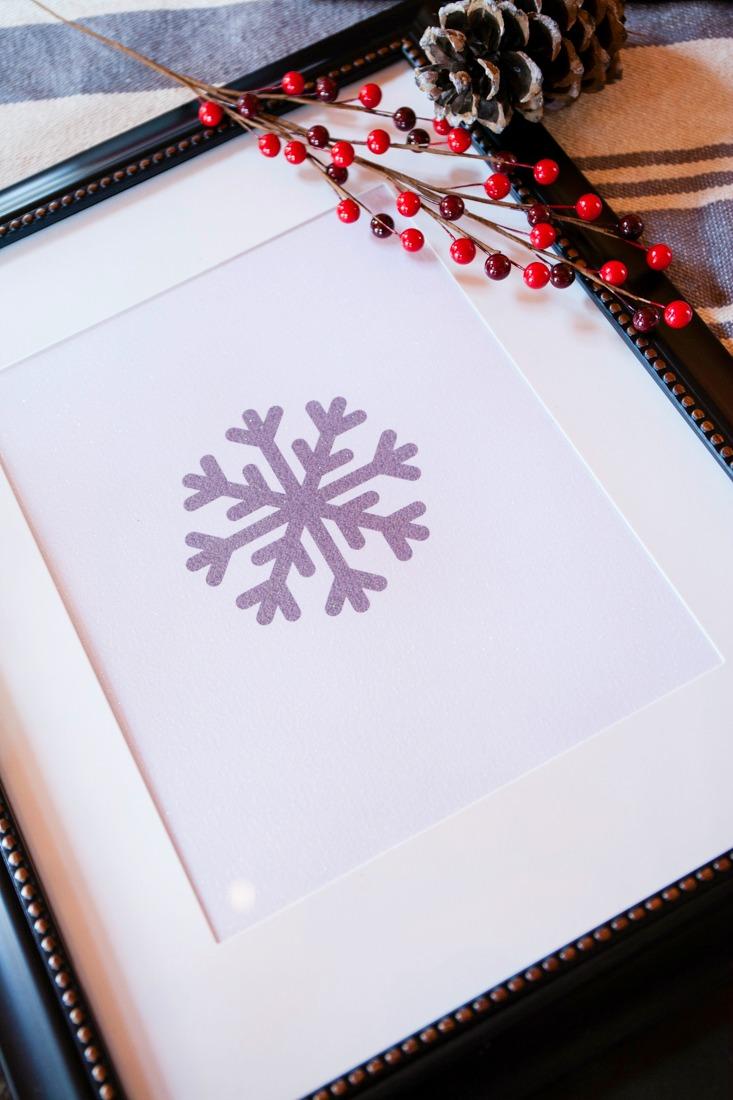 Glitter Paper Snowflake Art