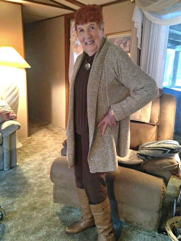 Grama Red Fashion Plate