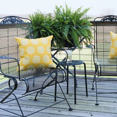 How to Prep & Paint Metal Deck Furniture {Video Tutorial}
