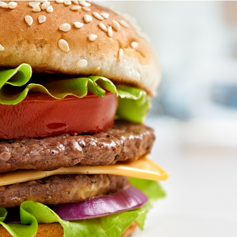 How to Keep Hamburgers From Shrinking on the Grill