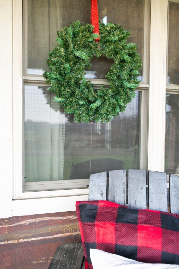 DIY No Swing Wreath Hanger