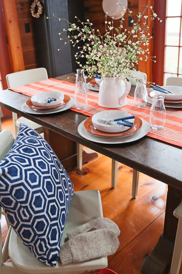 Winter Decorating Using Navy Blue & Rust