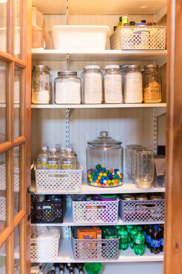 How I Organized My Pantry For $40 With Things From Walmart