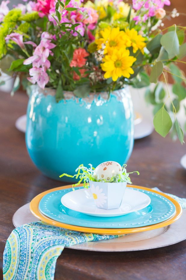 Easter Downloadable and Printable Tea Cup Place Card Setting