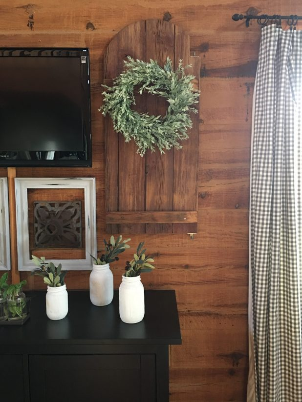 Decorating Around a Wall Mounted TV With Rustic Farmhouse Finds To Create A Gallery Wall