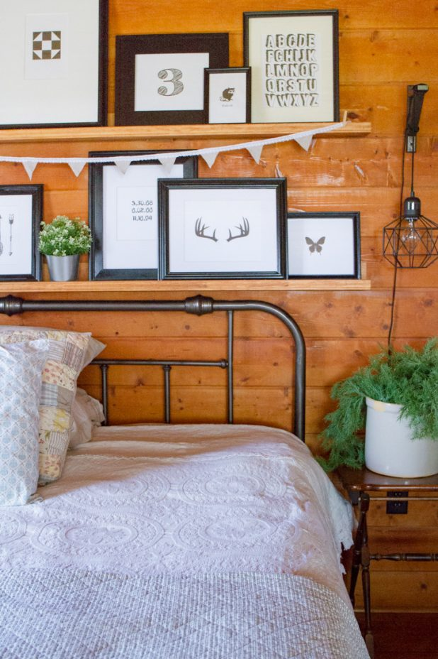 How to update an old brass headboard to give it that farmhouse look. It's quick, easy, inexpensive and looks fabulous
