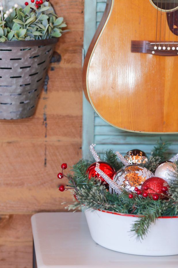 Rustic and Vintage Christmas Decor