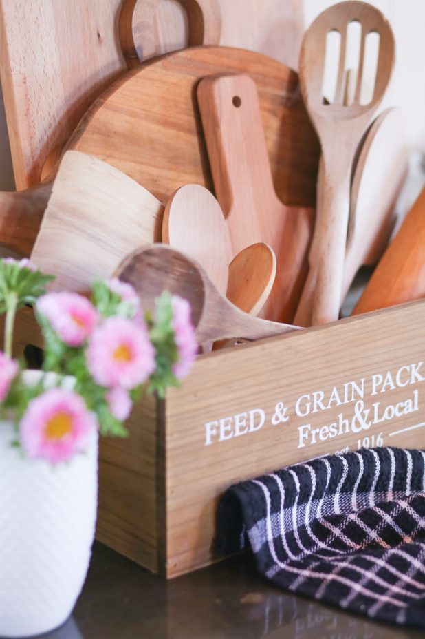 Vintage Handmade Wooden Spoons, Wooden Cutting Boards with Spoon Butter Recipe For Maintaining Wooden Utensils