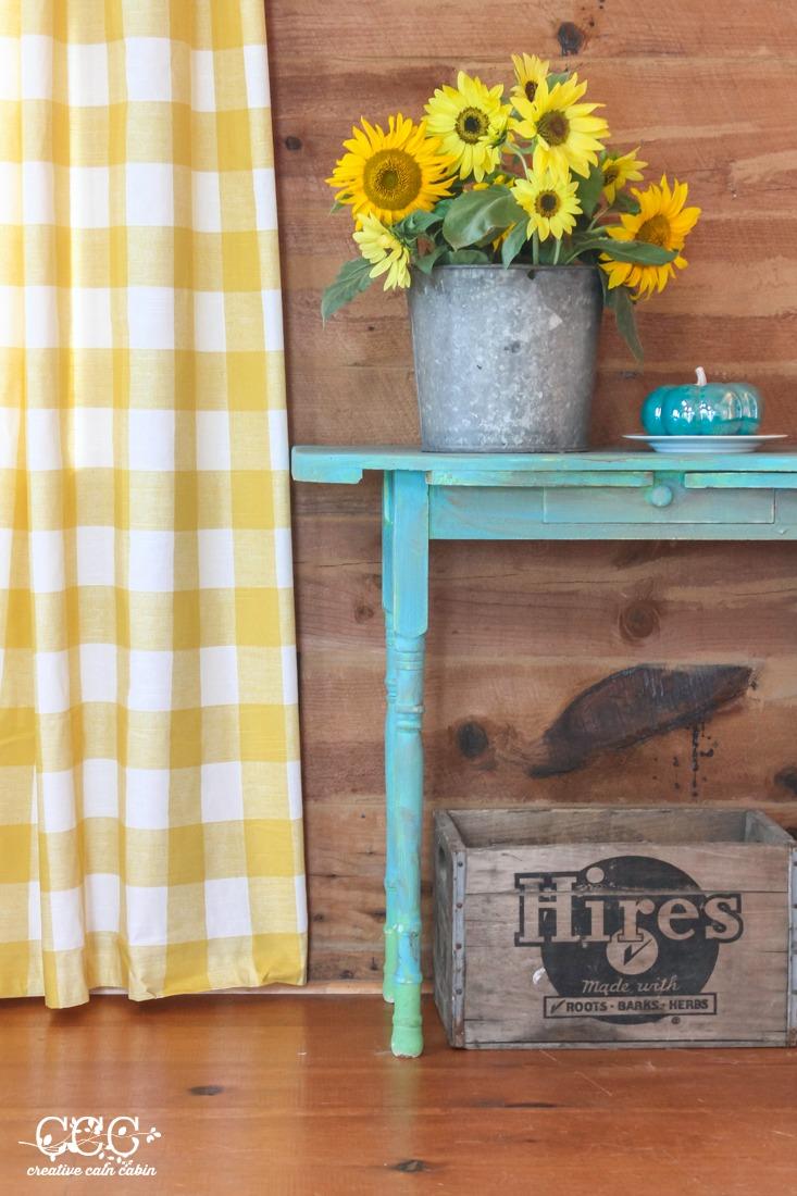 Sunflowers Pumpkins & Buffalo Checks | Creative Cain Cabin