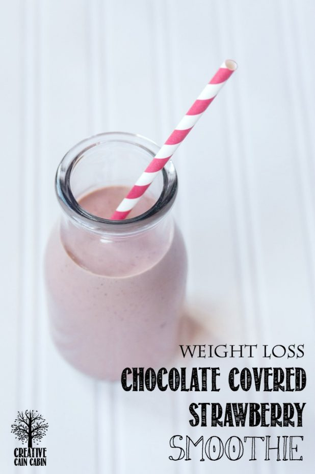 Chocolate Covered Strawberry Smoothie | Weight Loss | CreativeCainCabin.com