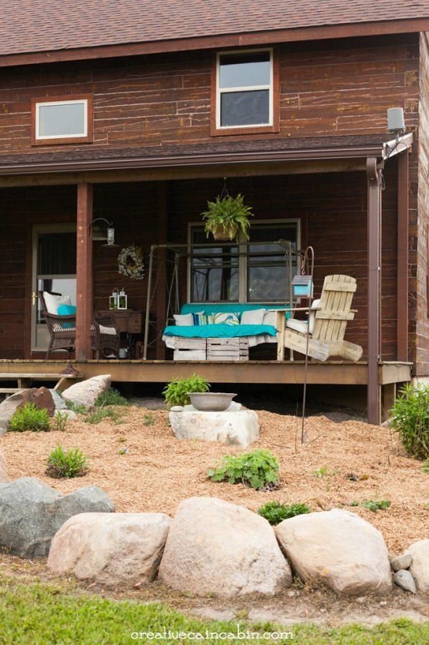 Mulched Flower Bed   Log Home   Perennial Garden   Porch Decor   CreativeCainCabin.com