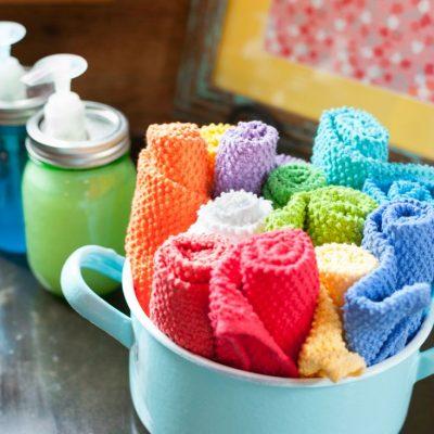 Colorful Vintage Kitchen Accents