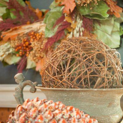 Easy Upcycle Framed Chalkboard for Seasonal Wreath Display