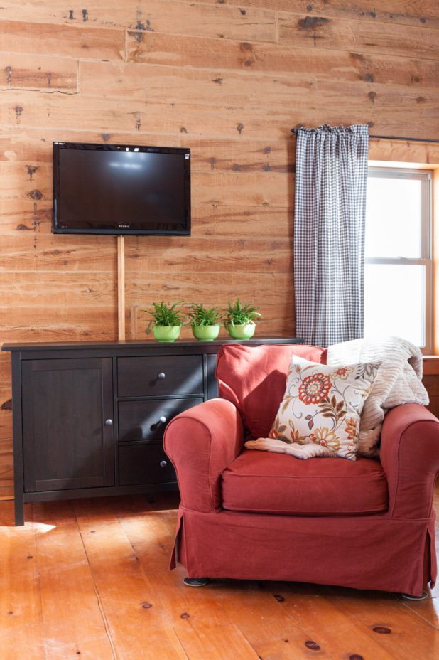 Ikea Hemnes Sideboard and Tv Mounted on the Wall