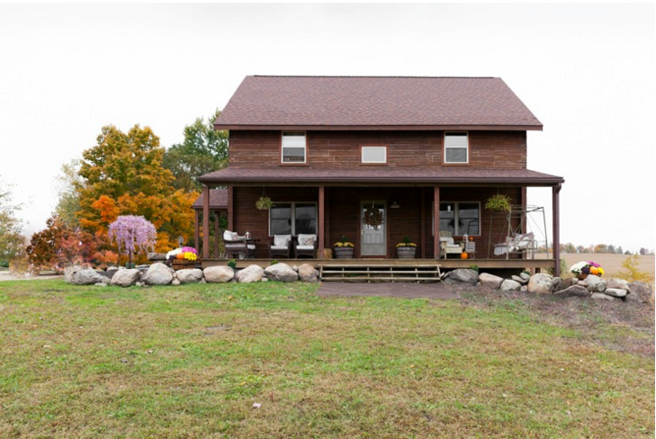 Colonial Style Log Home