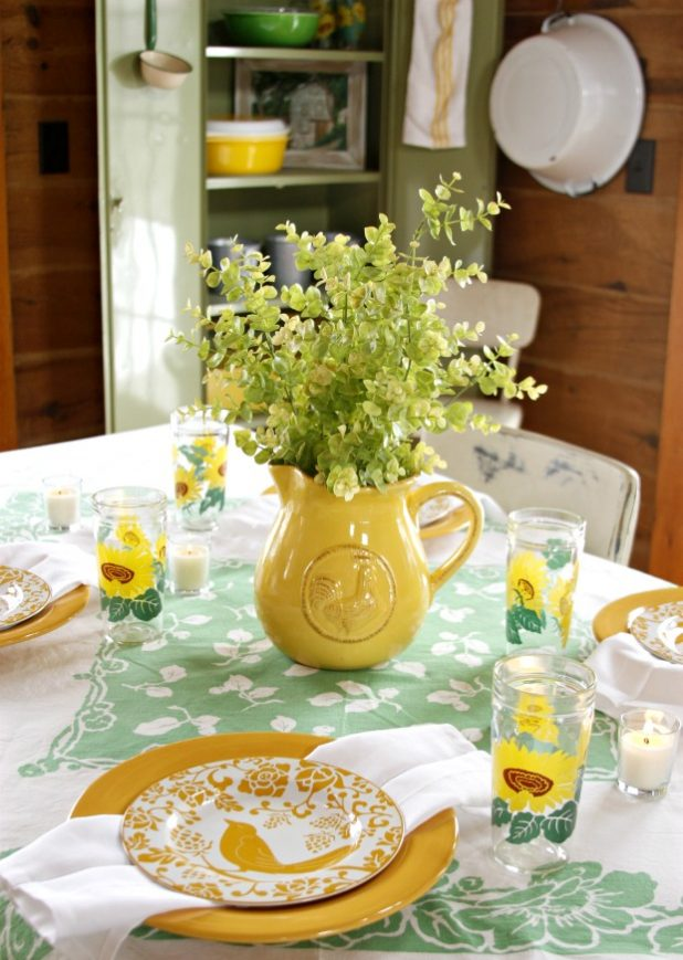 Simple Farmhouse St. Patrick's Day Table Setting