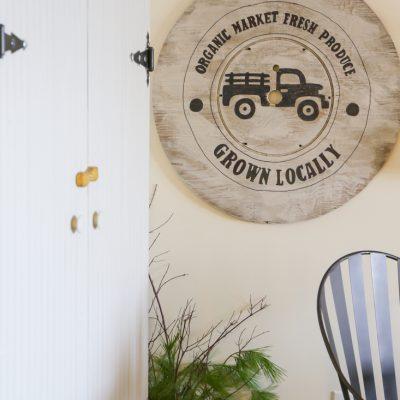 Farmhouse Wall Art From an Old Spool