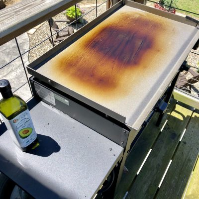 Blackstone Griddle Grill – How To Season and Hide The Propane Tank