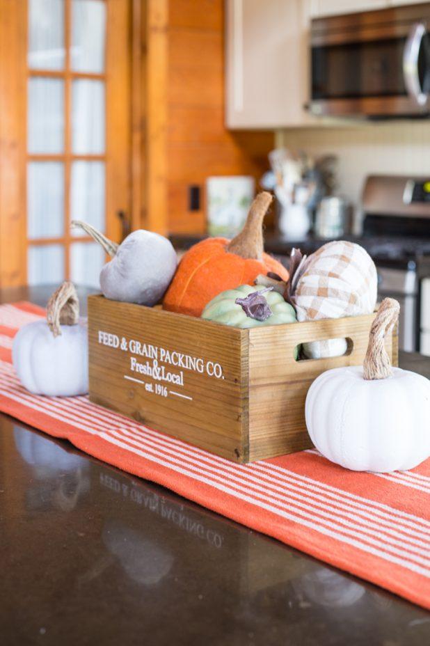 Simple Fall Decorating Ideas Using Pumpkins