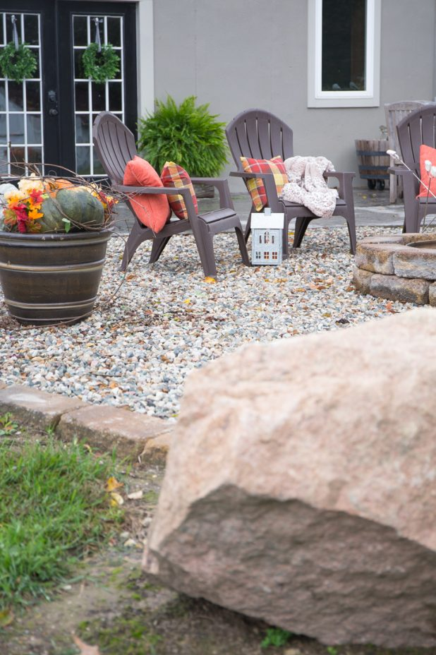 Fall Fire Pit Area, Fall Containers, Fire Pit, Log Home, Traditional Fall Decor Colors