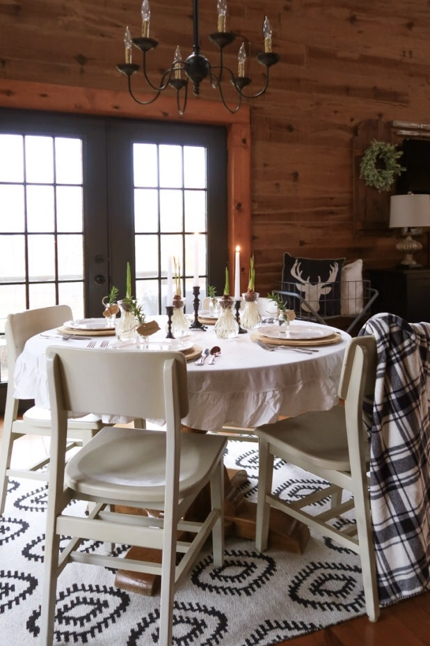 Rustic Fall Thanksgiving Table, Black and White Decor, Log Cabin, Scandinavian Style