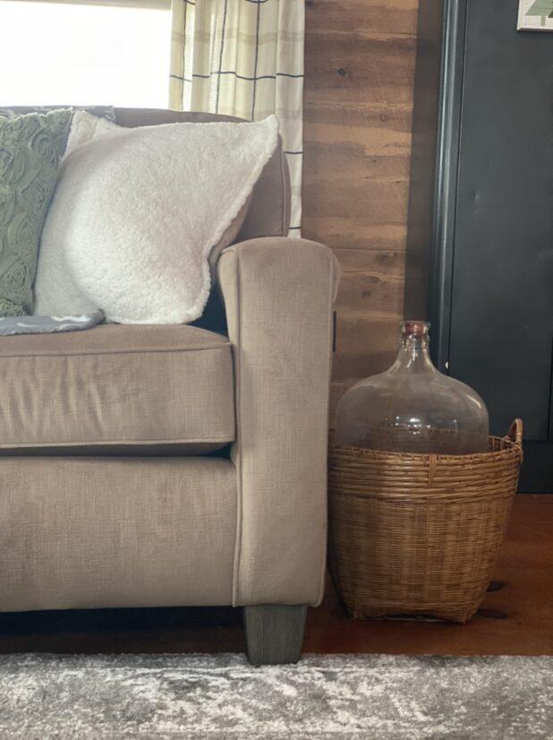 Log Home, Neutral Decor, Living Room