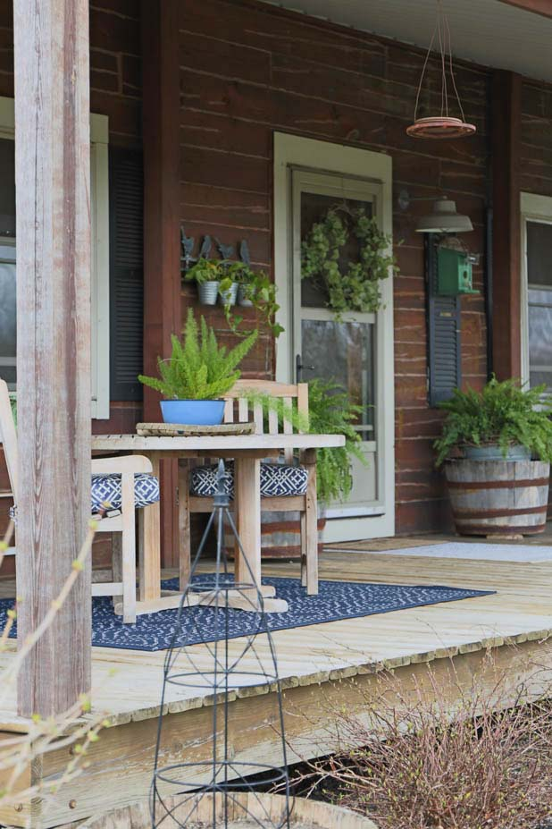 Spring Log Home Porch Makeover Using Blues and Greens